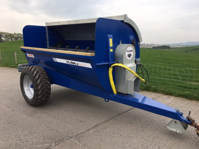 Tusk TRS 800 Spreader