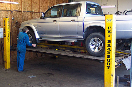 4x4 Service - 4 wheel drive and off road vehicle service